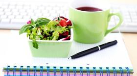 Φαγητό στη δουλειά : Ένας γρίφος που απαιτεί σωστές και πρακτικές λύσεις