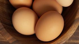 Αβγό, χοληστερόλη και καρδιαγγειακός κίνδυνος: τι ισχύει πραγματικά;