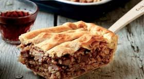Κεφαλλονίτικη κρεατόπιτα  με μανιτάρια από την μαγειρική «πέννα» του Γιάννη Γκελντή