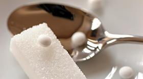 Ασπαρτάμη: Ένα από τα πιο πολυσυζητημένα γλυκά συστατικά