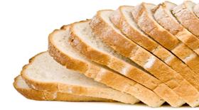 Τι αποδίδει περισσότερες θερμίδες μια φέτα ψωμί ψημένο ή μια φέτα άψητο ψωμί?