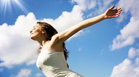 Ο μύθος της αποτοξίνωσης: Εμπιστευτείτε το σώμα σας και σταματήστε να ξοδεύετε τα χρήματα σας και την υγεία σας στους χυμούς