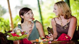 4 πράγματα που πρέπει να προσέχετε όταν τρώτε έξω