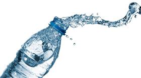 Εμφιαλωμένα νερά: Άλλο το φυσικό μεταλλικό και άλλο το επιτραπέζιο….